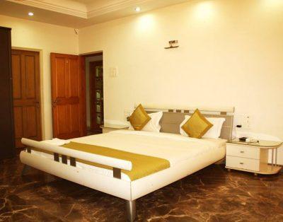 4 BHK Service Apartments in Hiranandani Powai