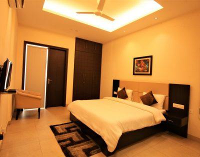 2 BHK Serviced Apartment in Sushant Lok Gurgaon