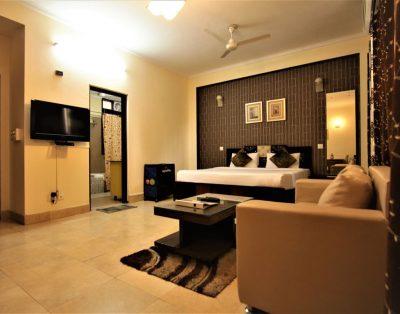 Studio Service Apartment in Sushant Lok Gurugram