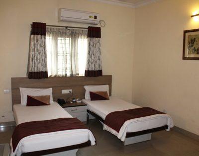 1 RK Service Apartment in Madhapur