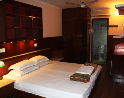 Studio Service Apartment in Sundar Nagar