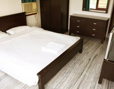 2 BHK Service Apartments in Koregaon Park