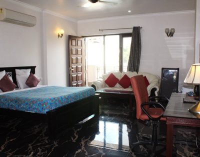 Studio Serviced Apartment in Sector 43 Gurgaon