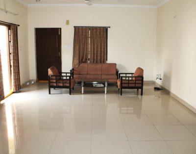 4 BHK Serviced Apartment Hi-Tec City