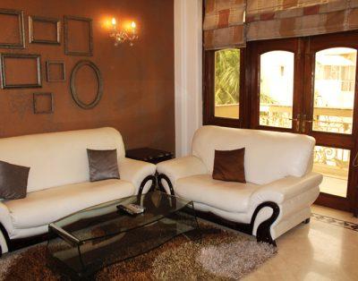 1 BHK Service Apartment in Safdarjung Enclave
