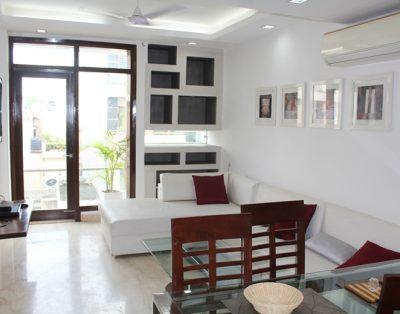 1 BHK Service Apartments in Saket