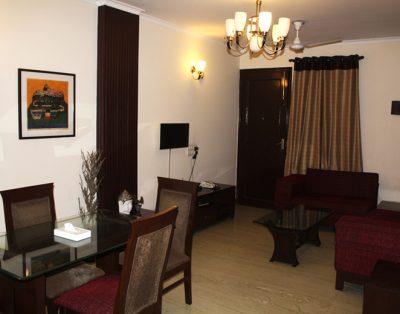 2 BHK Service Apartment in Hauz Khas