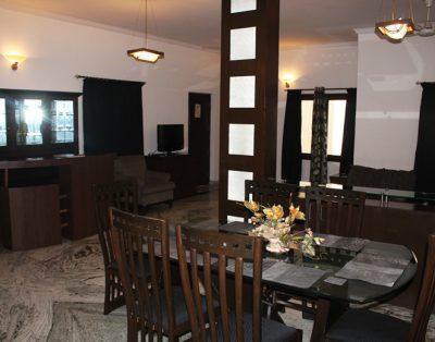 3 BHK Service Apartment in Safdar Jung
