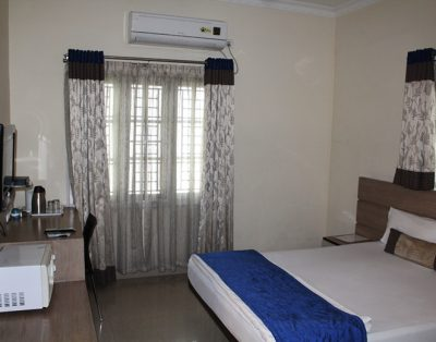 1 RK Service Apartments in Madhapur