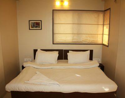 1 BHK Service Apartments Kharadi Pune
