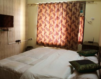 3 BHK Serviced Apartments IIT Powai Mumbai