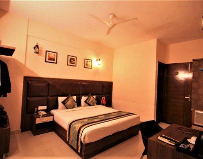 2 BHK Service Apartments near Expo Mart Greater Noida