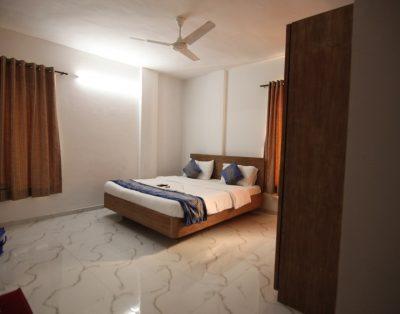 3 BHK Service Apartments Kalyani Nagar Pune