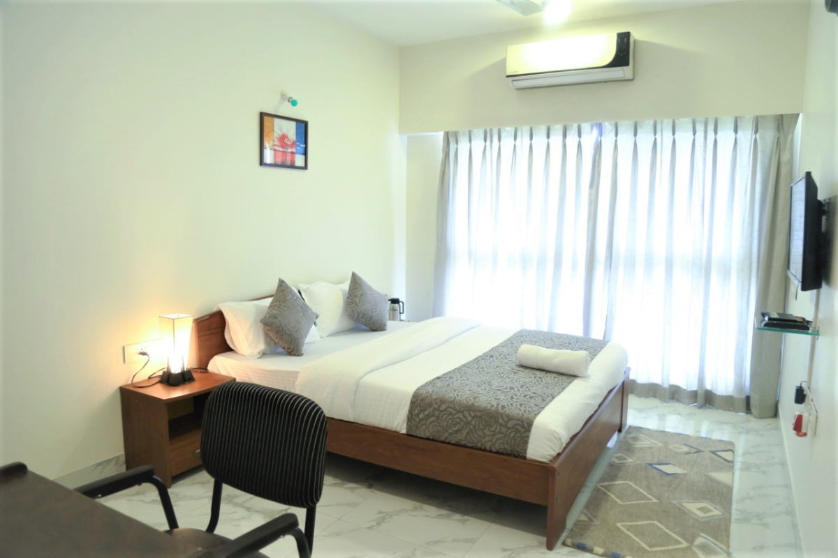 2 BHK Service Apartment in Goregaon near Bombay Exhibition Center