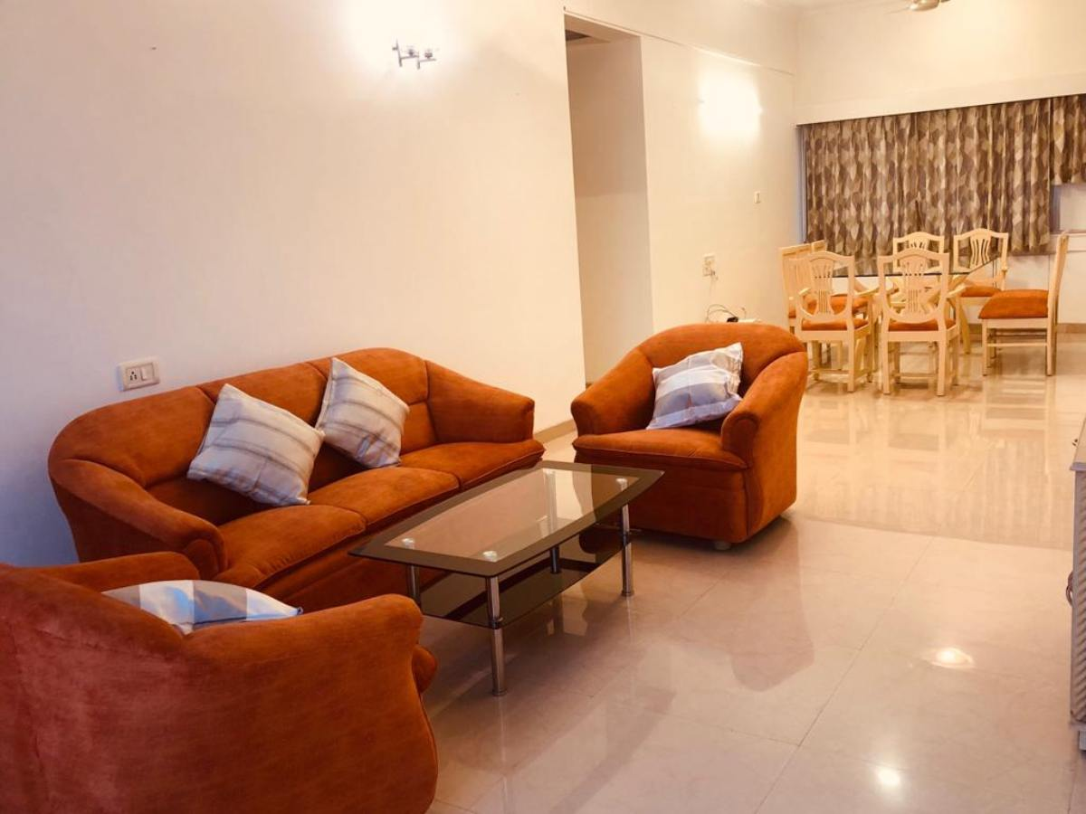 4 BHK Service Apartment Near Guru Nanak Hospital, Bandra